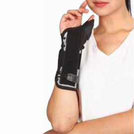 Tynor E-44 Wrist Splint with Thumb M